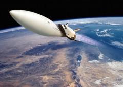 Илон Маск планирует отправить двух туристов на Луну в 2018 году